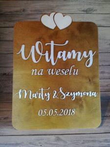 witacz na wesele, tablica witająca gości, witanie gości na weselu, witamy na weselu. inspiracje weselne, weselne inspiracje, dekoracje weselne, napisy weselne
