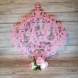 koło z inicjałami, koło ornament na wesele, dekoracja sali weselnej, dekoracje weselne, inspiracje na wesele