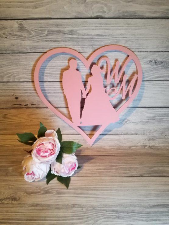 Serce z parą młodą, serce z postaciami, serce na wesele, dekoracje weselne, napisy weselne, inspiracje weselne, frezowanie