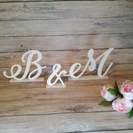inicjały na stół weselny-inicjały na stół weselny, dekoracje weselne, inspiracje weselne, napisy weselne,koła na wesele