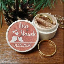 pudełko na obrączki, pudełka na obrączki, fajne pudełka na obrączki, inne pudełka na obrączki, tanie pudełka na obrączki, napisy na wesele, napisy weselne,