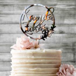 topper imiona w kole wieniec, topper lustro, toppery lustro, topper lustro na wesele, toppery lustro na wesele, napisy weselne, lustrzane toppery, topper lustrzany,