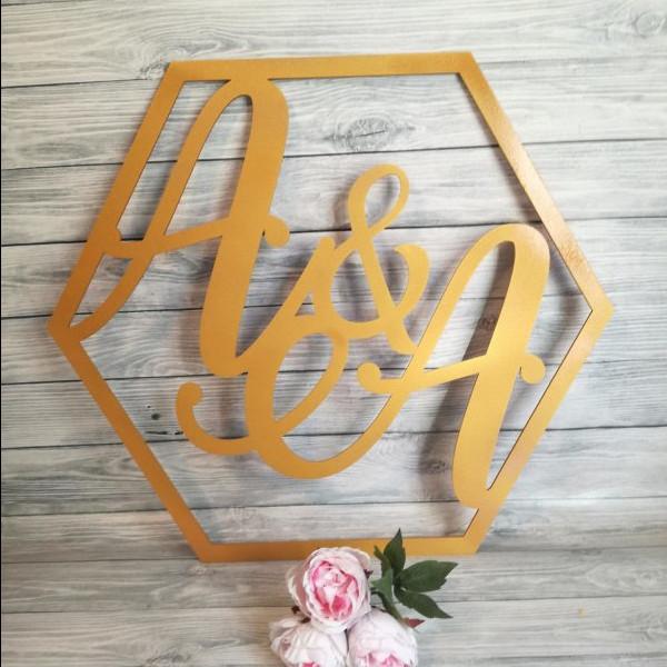 heksagony na wesele, heksagon na wesele, heksagon z inicjałami, heksagony z inicjałami, heksagon, napisy weselne w kształcie heksagonu, napisy na wesele,